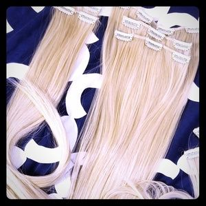 Blonde extension clips Halo Brand NWT